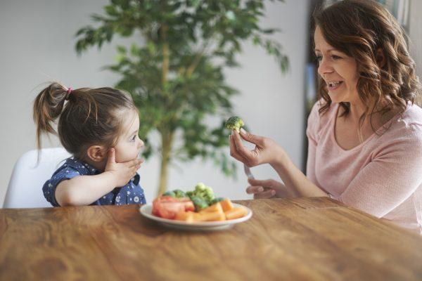 Desnutrição infantil: o que é, sintomas e tratamentos