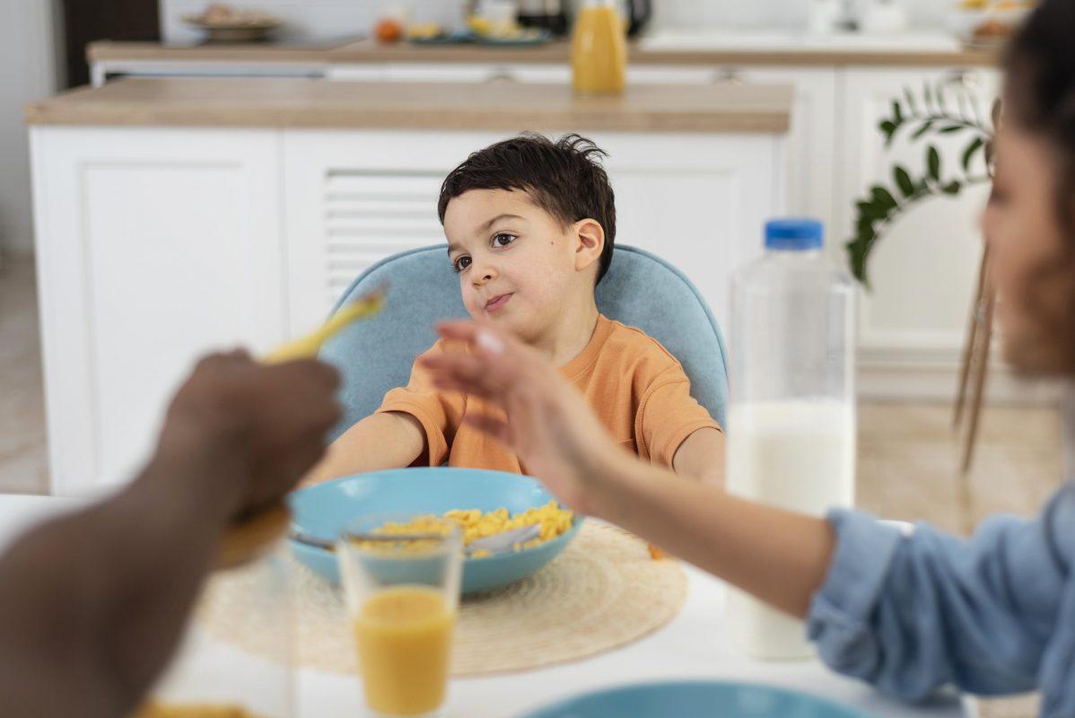 Veja abaixo algumas ideias de café da manhã saudável e nutritivo.